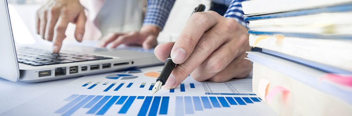 Benefits of Engaging Bookkeeping Services for Small Business