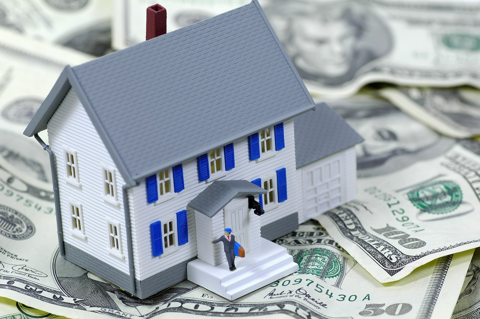 Tips To Efficiently Manage the Bookkeeping Tasks in Real Estate Industry